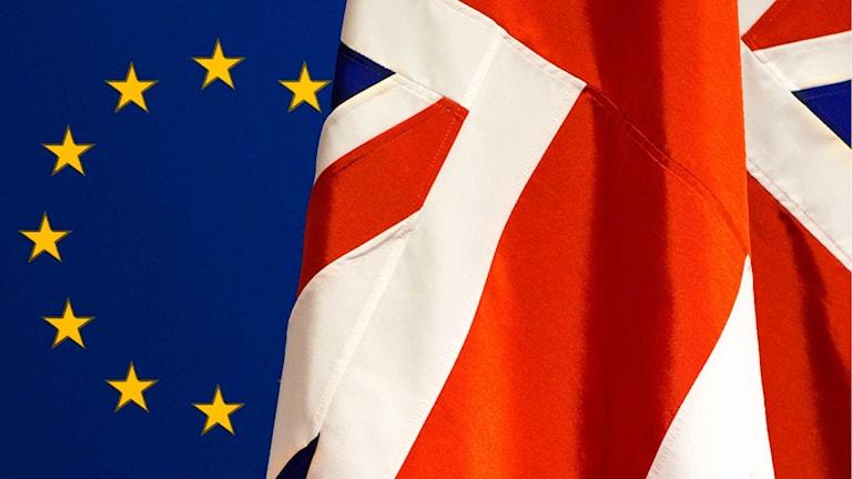 Brexit - bilden visar EU-flaggans stjärnor och brittiska flaggans kors.