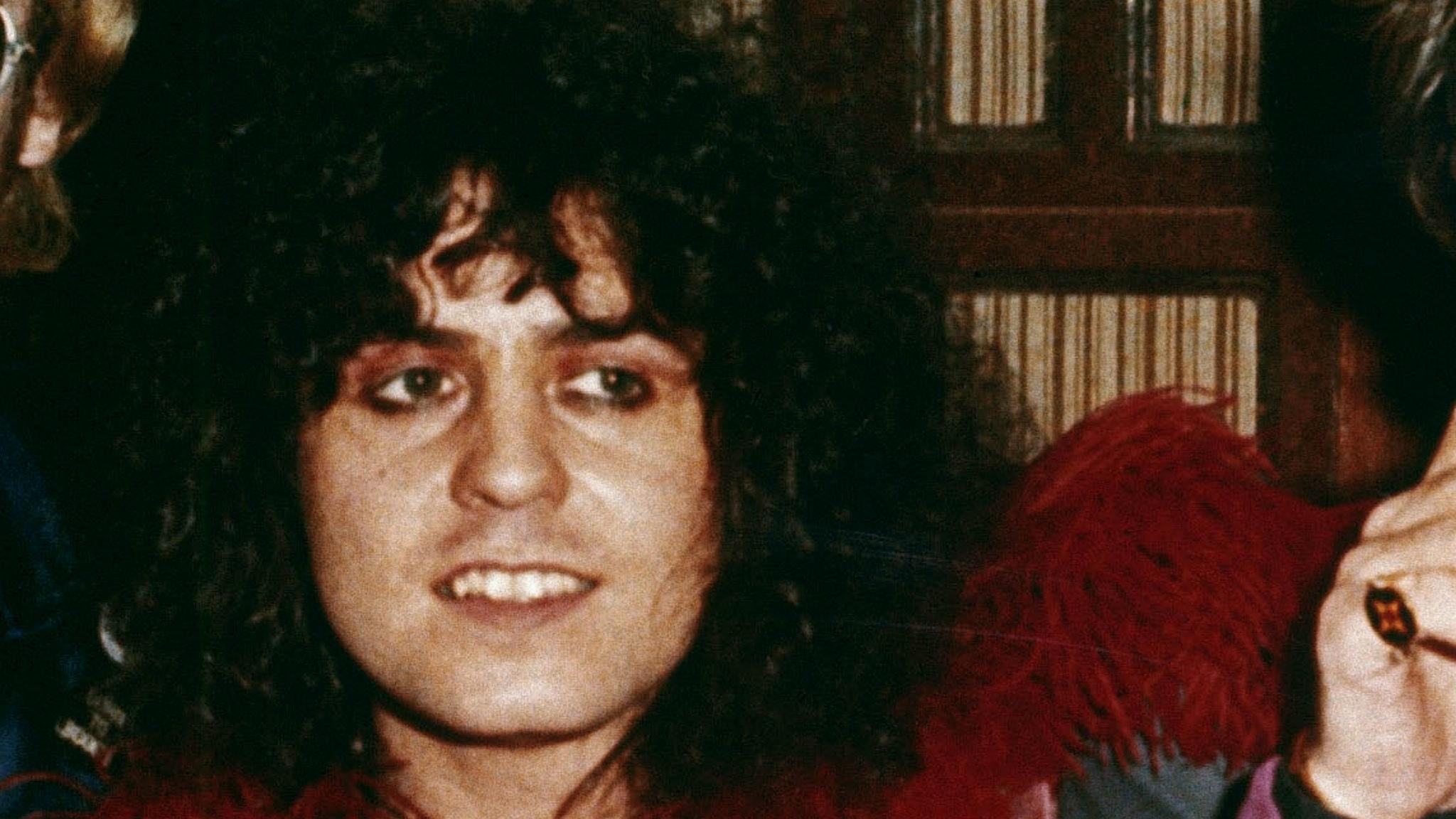 Marc Bolan i T. Rex inleder bonusavsnittet om 1971 års hitlistemusik