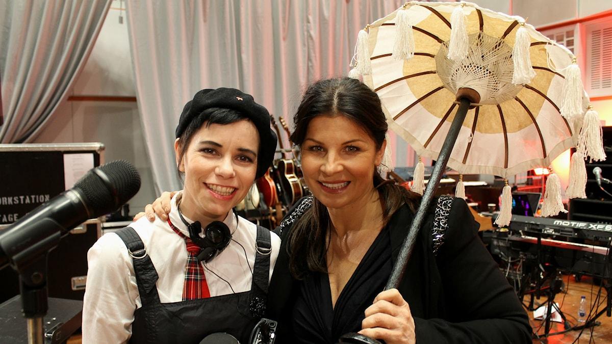 Carolina Norén & Carola (Foto: Ronnie Ritterland/Sveriges Radio)