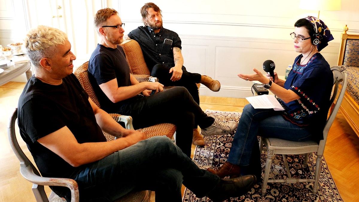 Foo Fighters och Carolina Norén