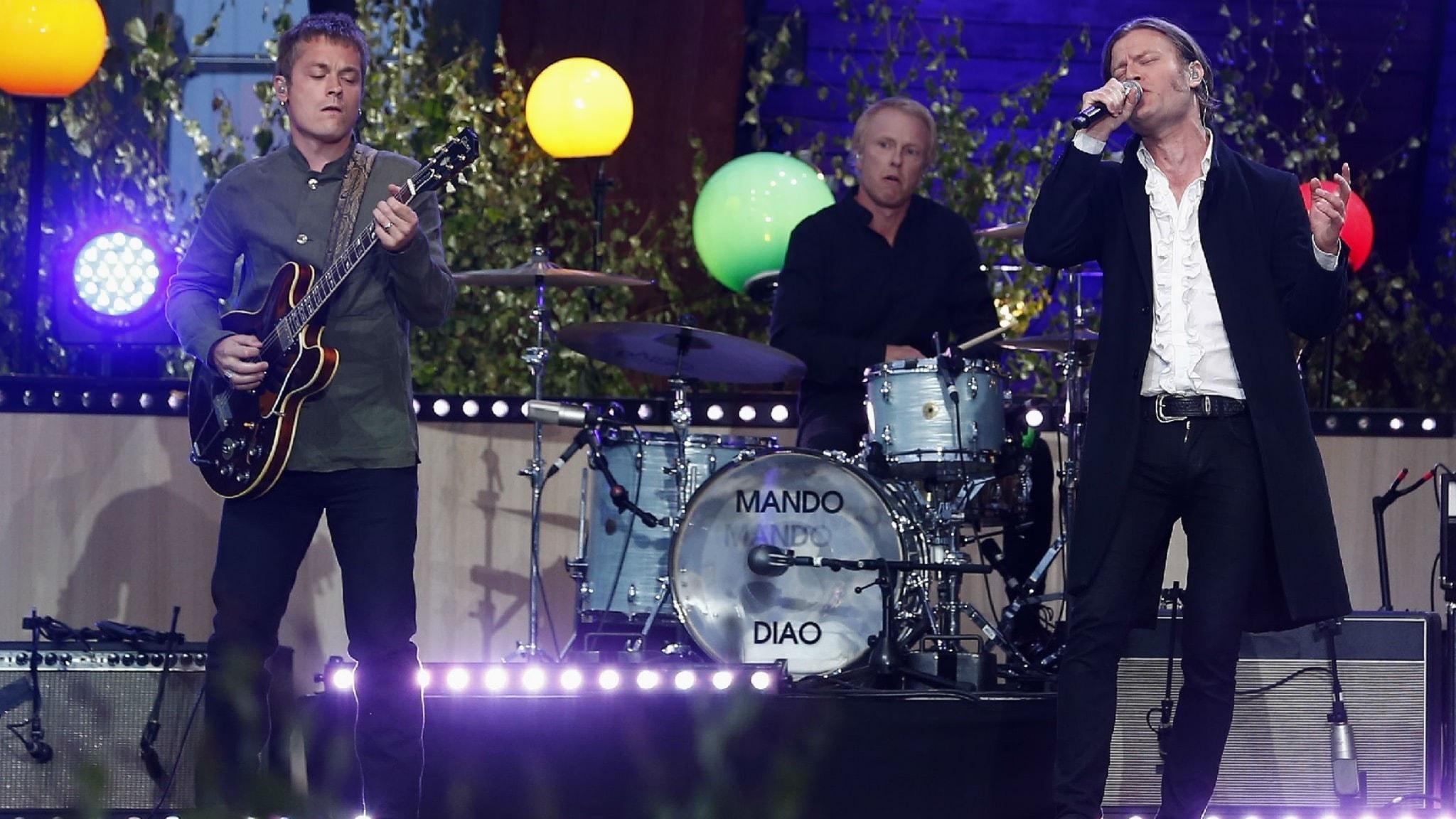 Hör nytt med Mando Diao, The Rolling Stones, Katy Perry och återvinning av en hit med Tina Turner!