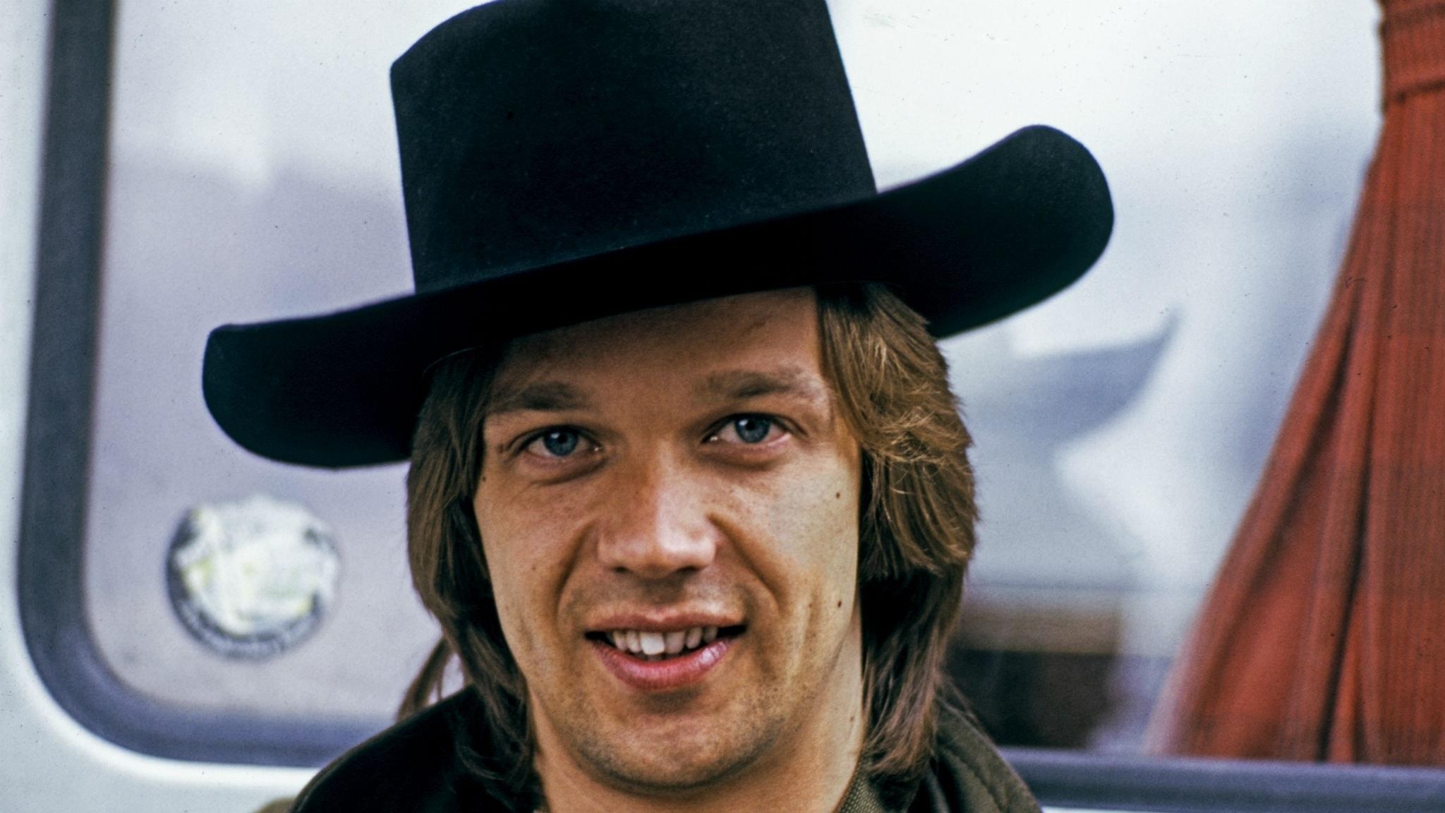 Björn Skifs hörs i bonusavsnittet av 1976 års hitlistemusik