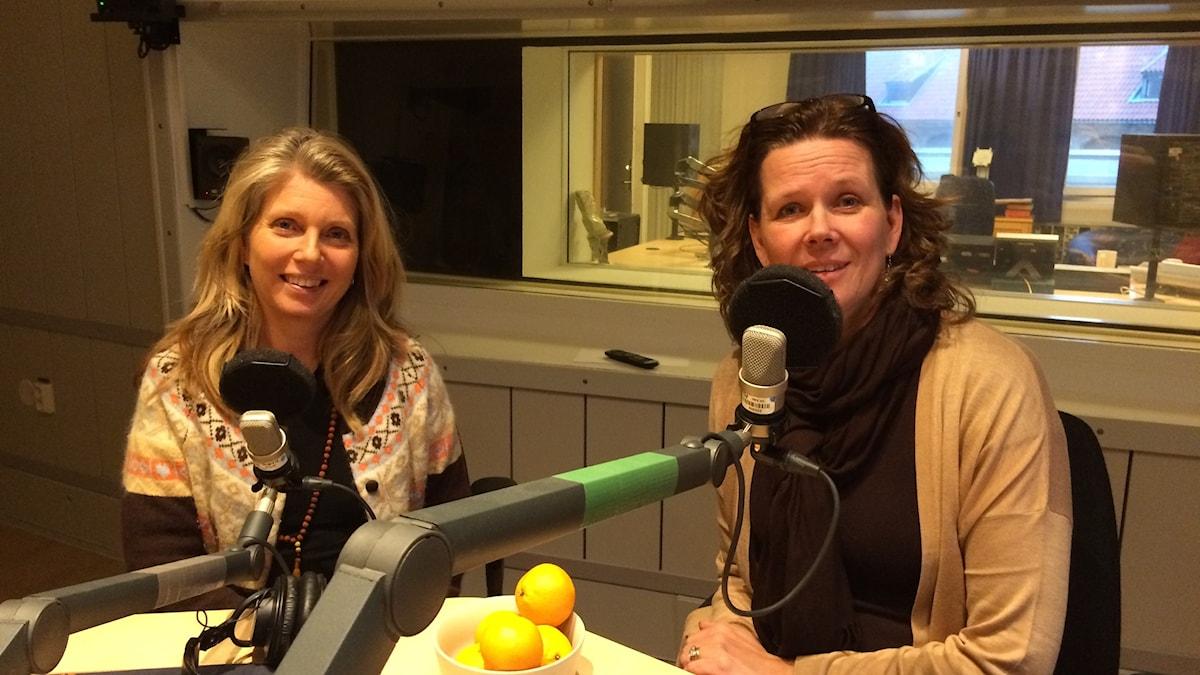 Sara Ilstedt, professor i produkt- och tjänstedesign på KTH och Marie-Louise Kristola. Klotets programledare.