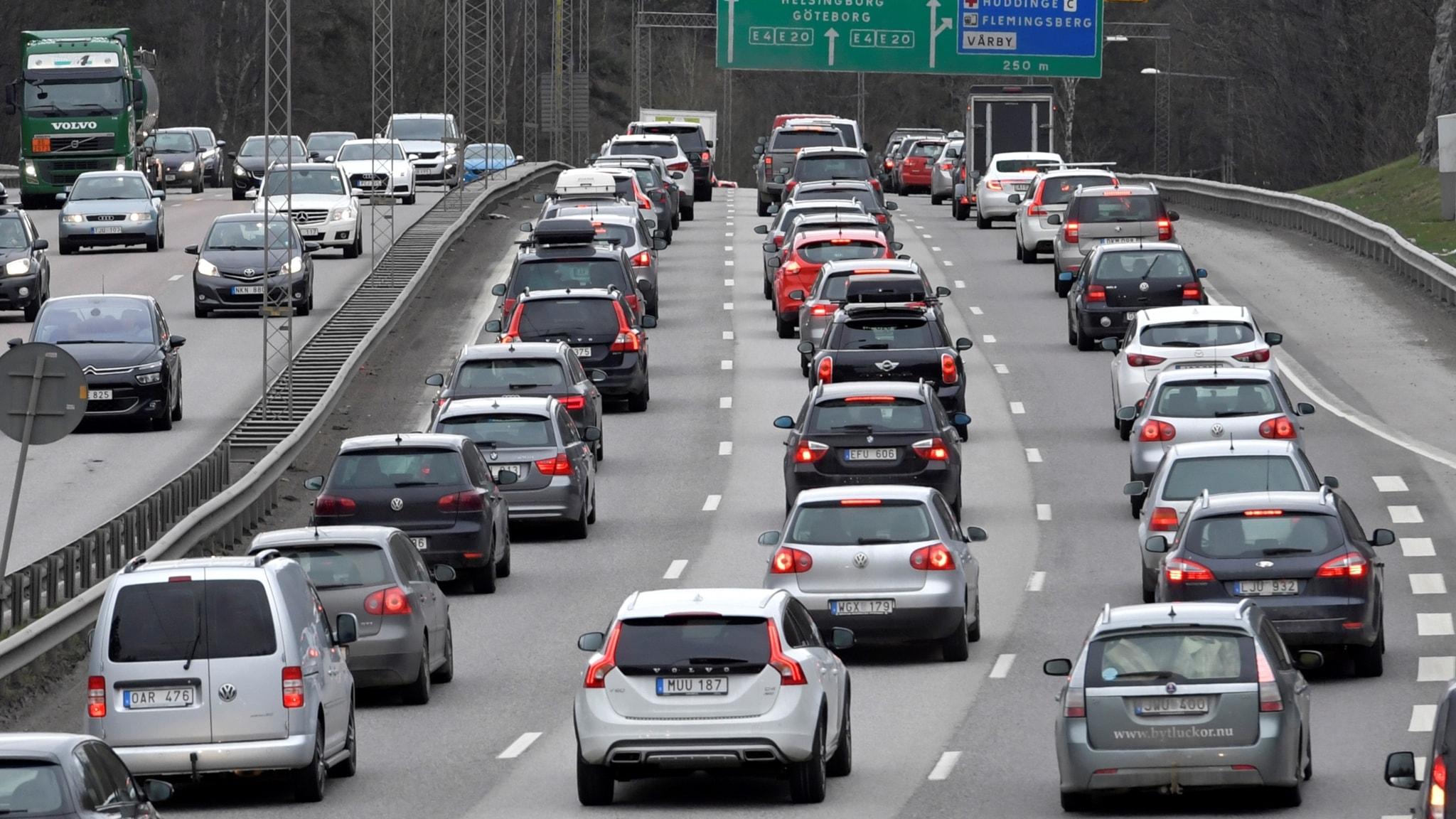 Rally i bilhallen – men vem tänker på klimatet? (R)