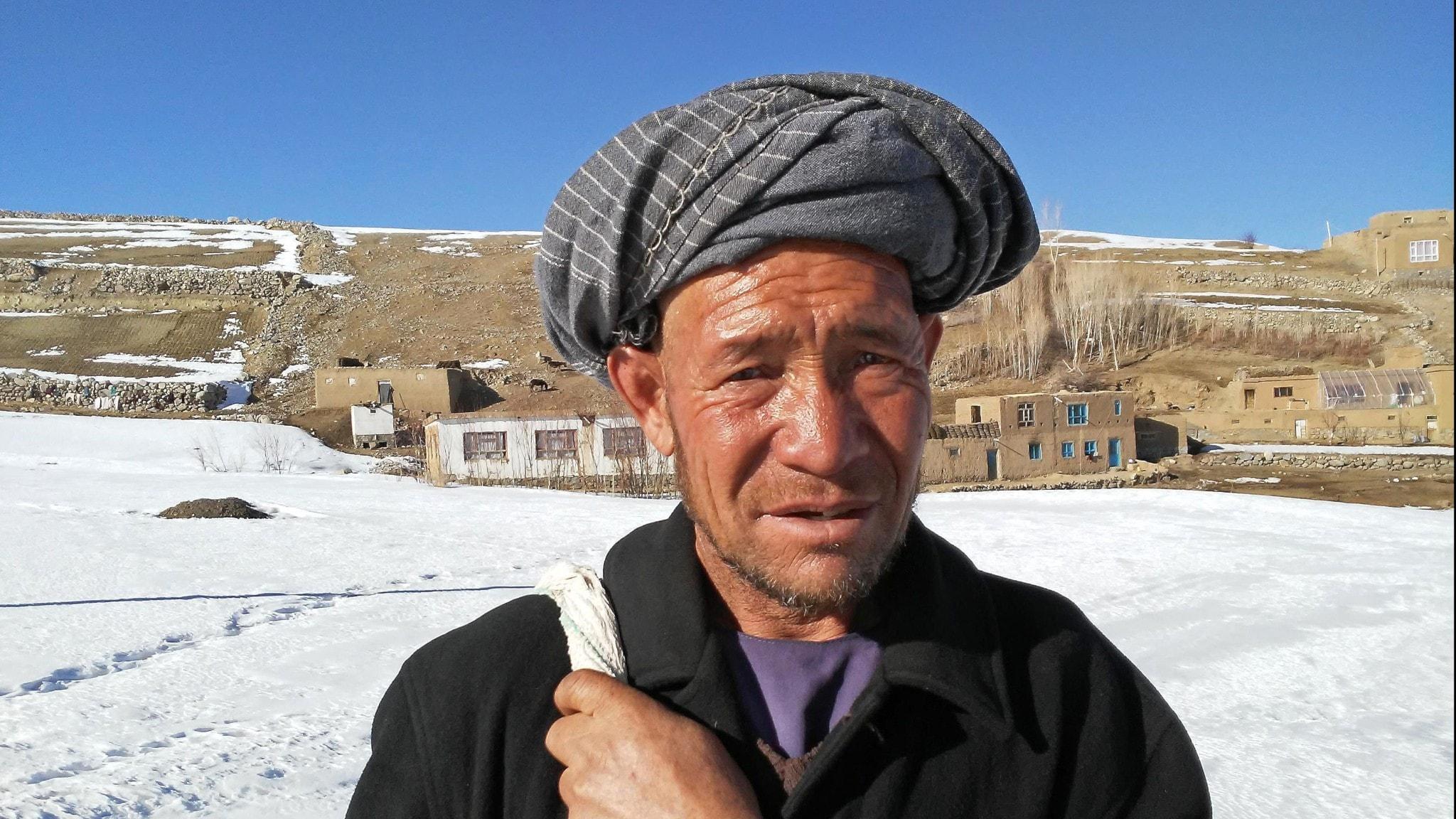 Bonden Waheed bor i en by i området Bamyian i Afghanistan.