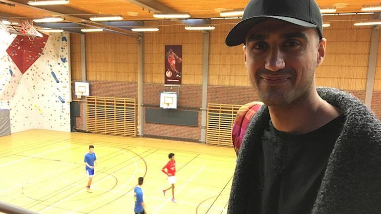 Danyar Mohammed li  salona jîmnastîkê li Jokkmokk
