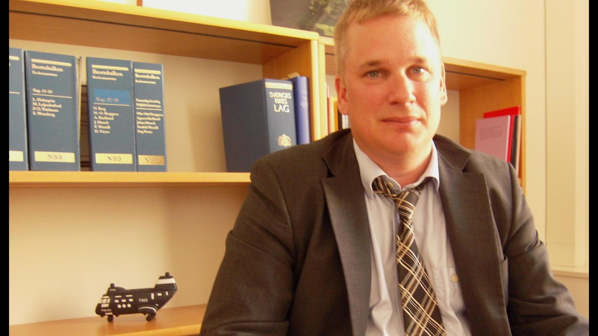 Kanslirådet Mattias Larsson är en av författarna till lagboken. Foto Sukran Kavak