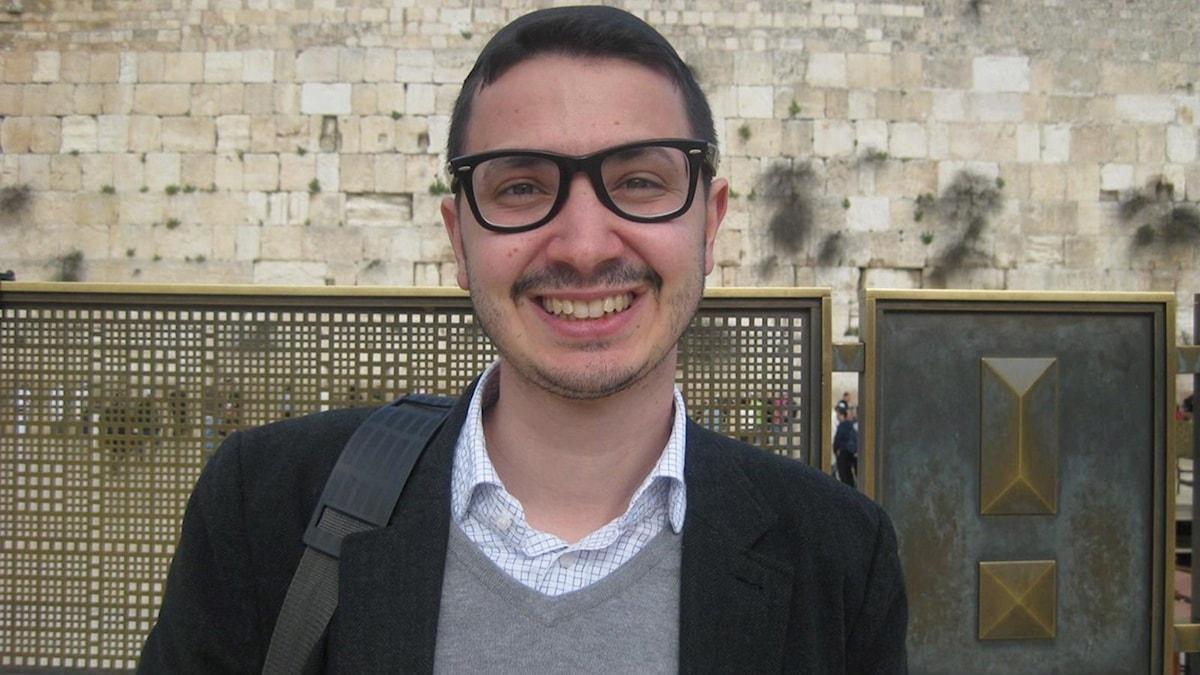 Mattias vid klagomuren i Jerusalem Foto: Anna Bratt
