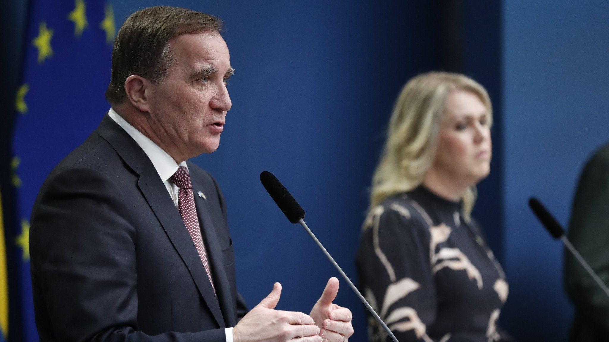 Statsminister Stefan Löfven och socialminister Lena Hallengren.