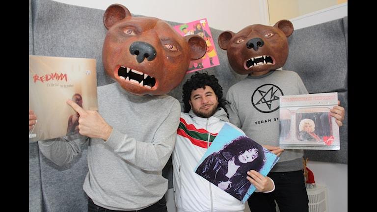 Teddybears, vinyler och Lilla LAF. Foto: Emilia Melgar/ Sveriges Radio