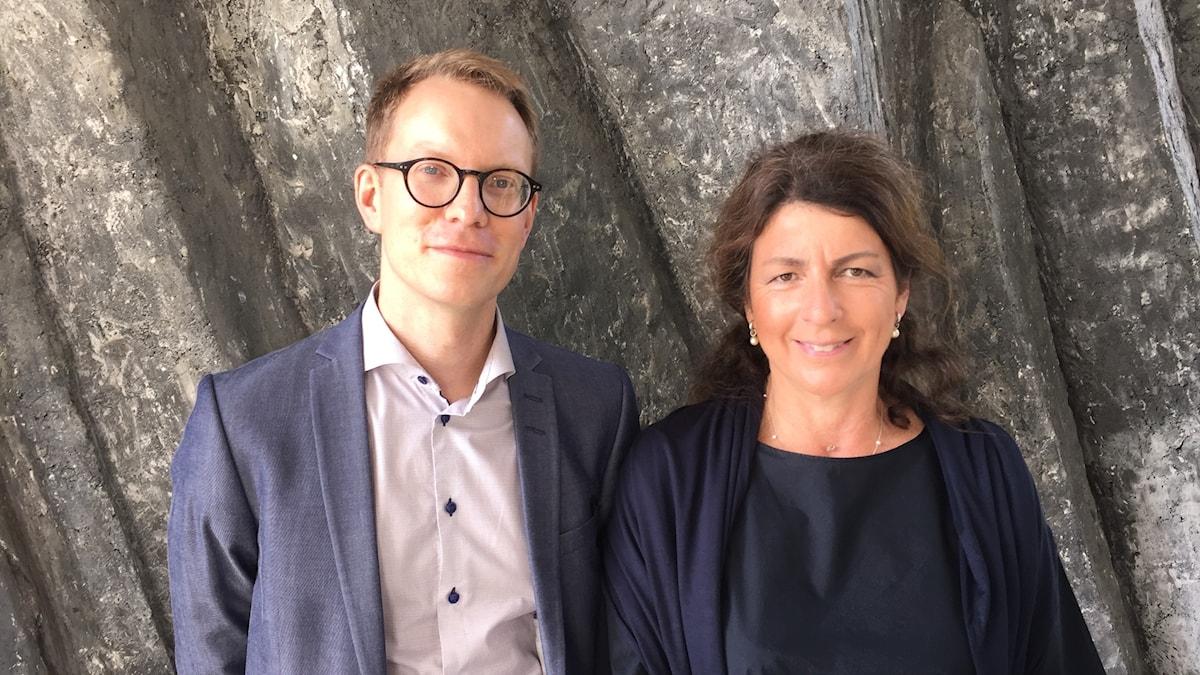 Samuel Engblom, samhällspolitisk chef på TCO, och Bettina Kashefi, chefsekonom på Svenskt Näringsliv.