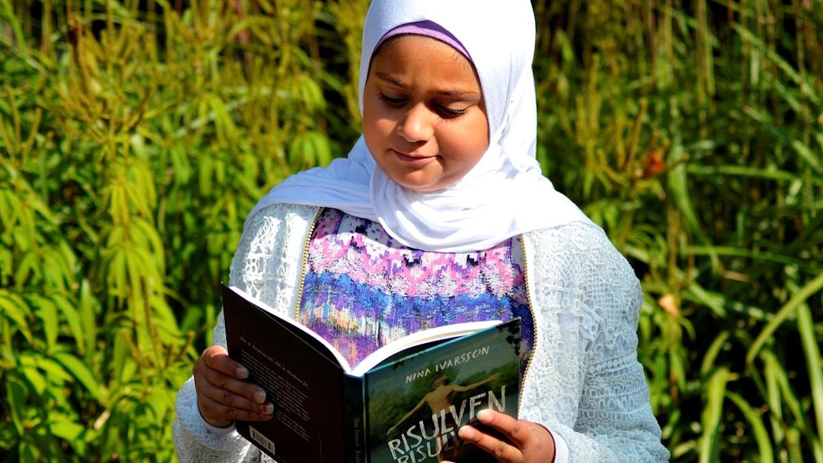 Barnradions bokpris: Zajnab al Haora Abdul läser Risulven