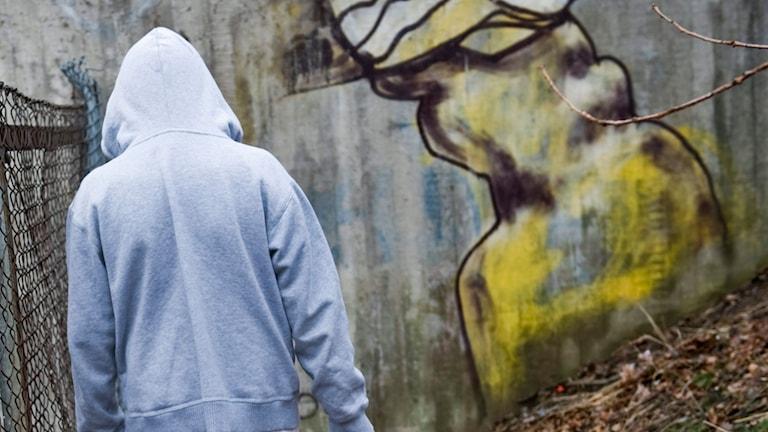 Tonåring i huva. Foto: Henrik Montgomery / SCANPIX.