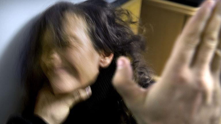 Kvinnomisshandel. Foto: Caludio Bresciani