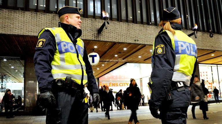 Östermalms närpoliser. Foto: Tomas Oneborg / TT