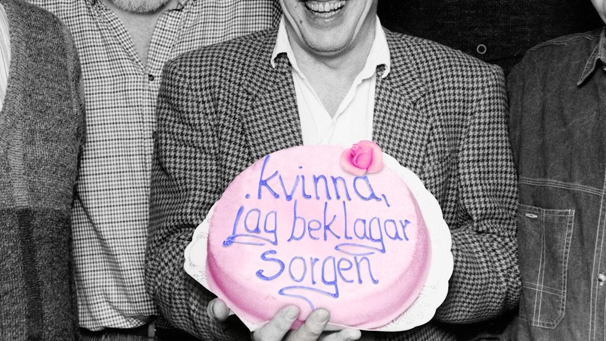Tårta med texten: Kvinna, jag beklagar sorgen