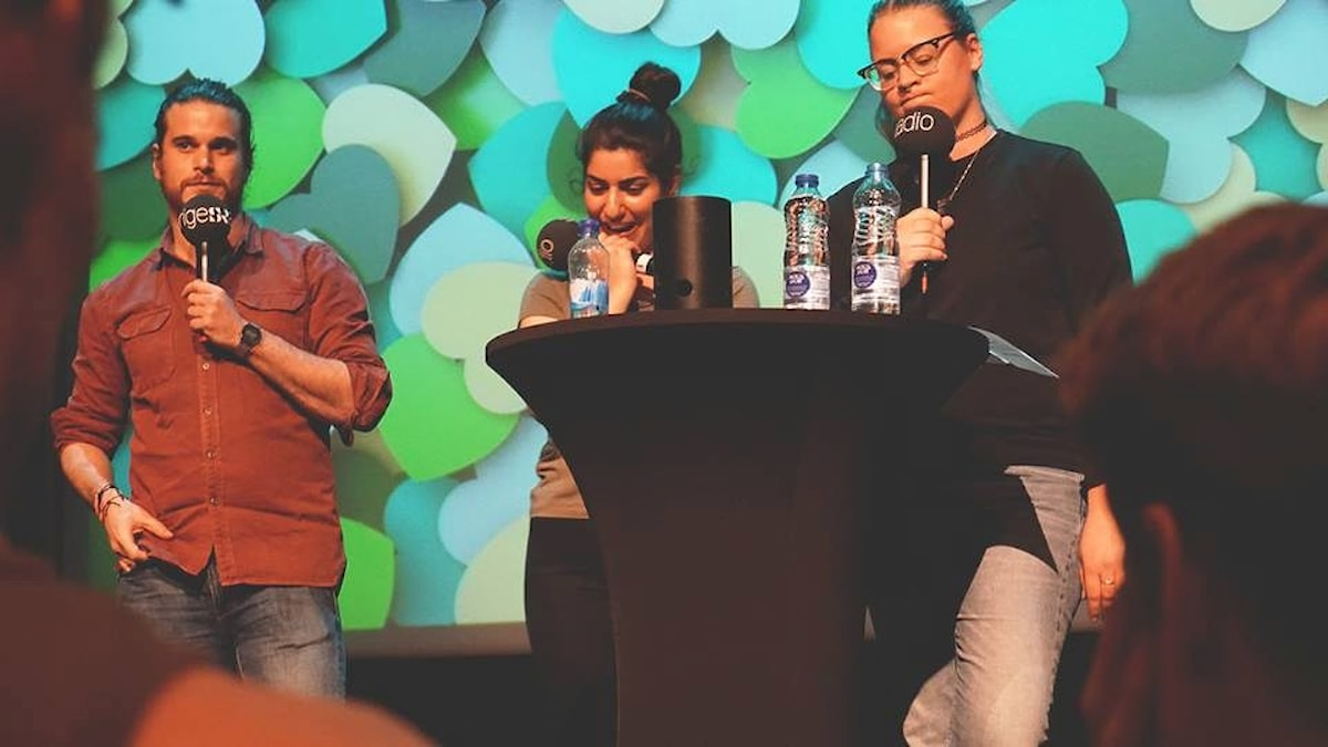 Martin, Dilan och Elinor på scen i Luleå