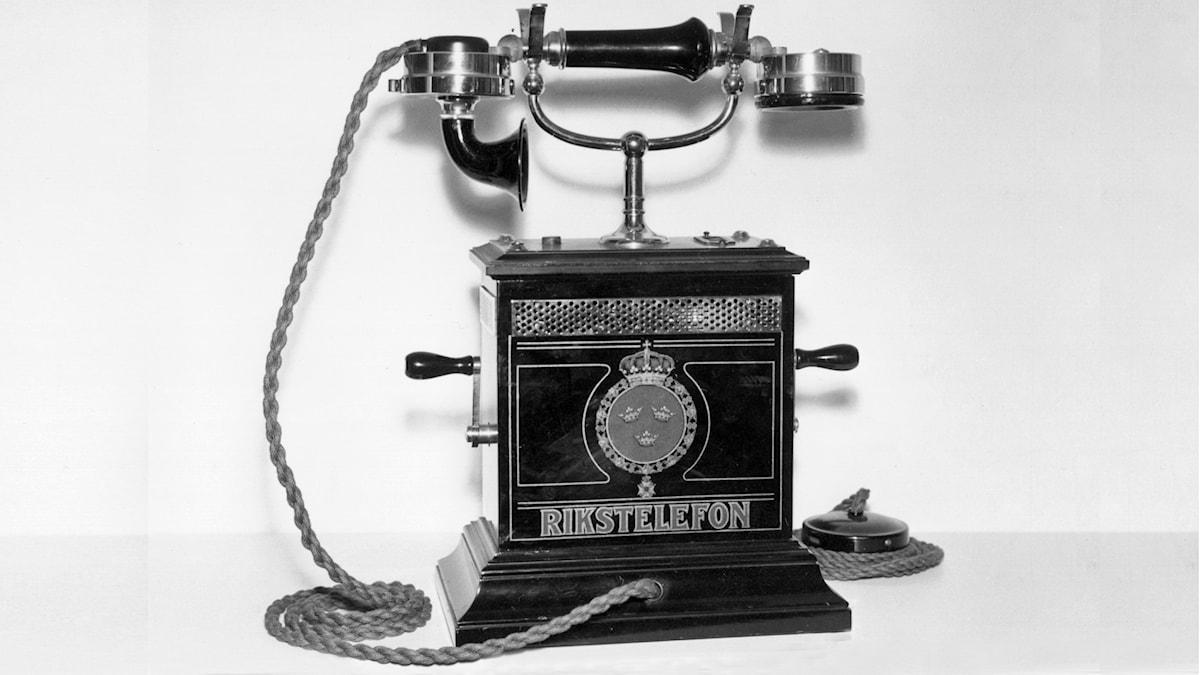 Gammaldags telefon. Foto: SVT