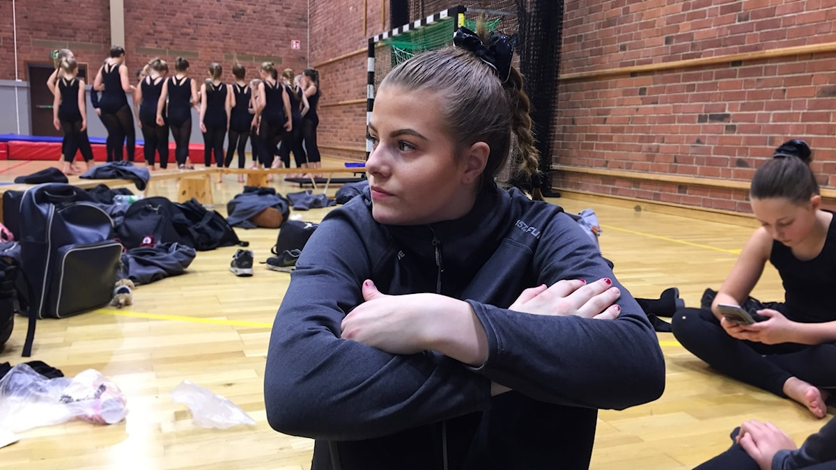 På fritiden tränar Tilde truppgymnastik.