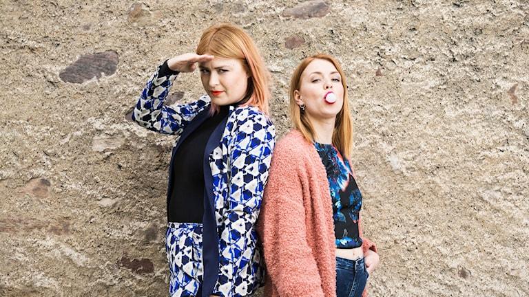 Linnea Henriksson och Clara Henry. Foto: Mattias Ahlm/Sveriges Radio