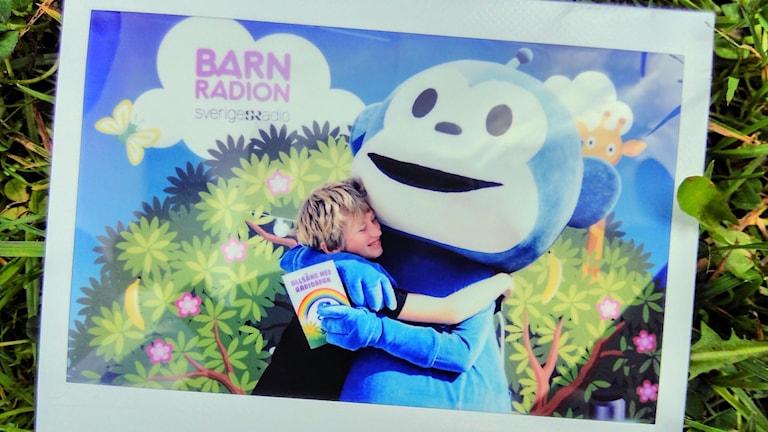 Radioapans allsång: Idolfoto med Radioapan