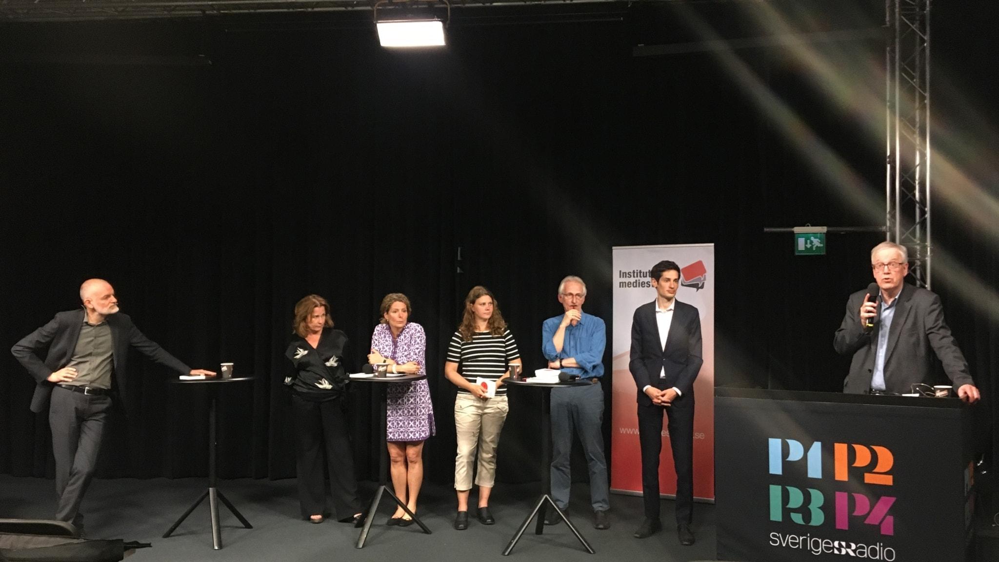 Från vänster: Lars Truedson (moderator), Anna Hedemo, Cilla Benkö, Ulrika Andersson, Torbjörn von Krogh, Peter Wolodarski och Lennart Weibull