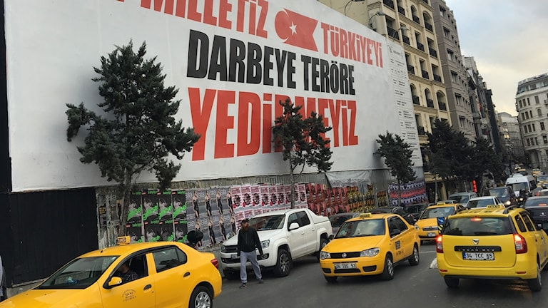 Building in nationalistic clothing in Istanbul after the attempted coup