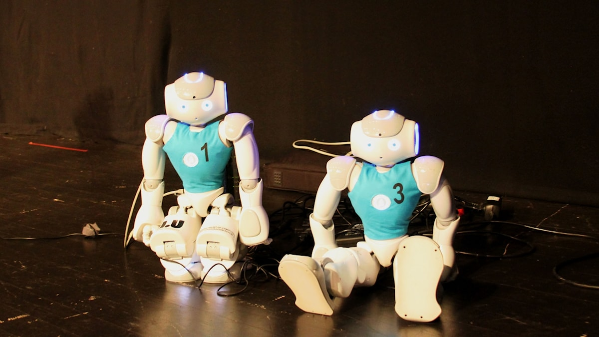 Dessa två NAO-robotar medverkade i Sveriges Radios robotseminarium i Almedalen 2016