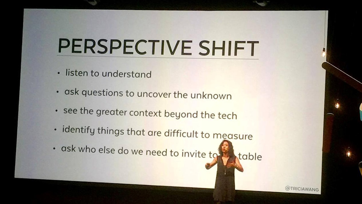 Tricia Wang pratade om perspektivskiften på The Conference i Malmö.