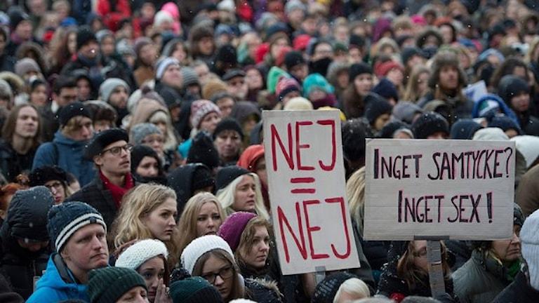 Manifestation för samtycke den 18 januari i Stockholm. Foto: Maja Suslin /Sveriges Radio