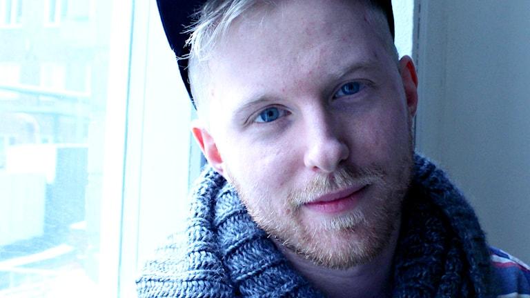 Anton om sin högstadietid. Foto: Robert Jacobsson/Sveriges Radio