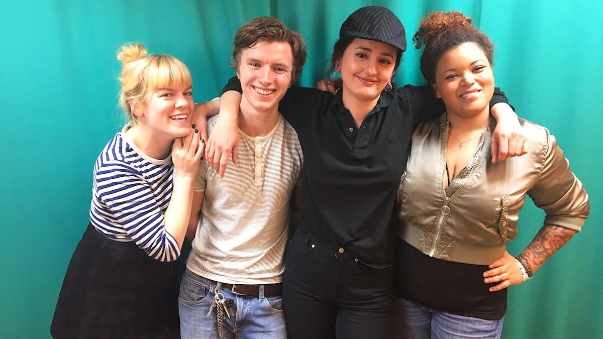 Filippa, Samuel, Lendita och Amanda.