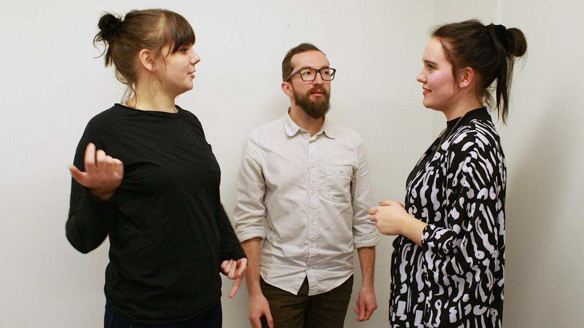 """Amanda """"Vilska"""" Lindgren, Marcel Roman och Alice Hörnestig. Foto: Lina Asp/Sveriges Radio"""