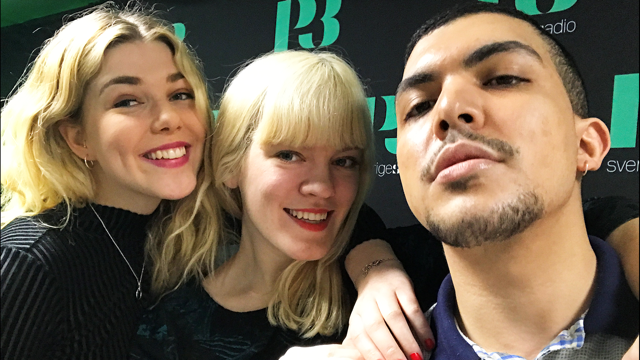 En selfie på panelen som består av Hedvig, Filippa och Mohamed.