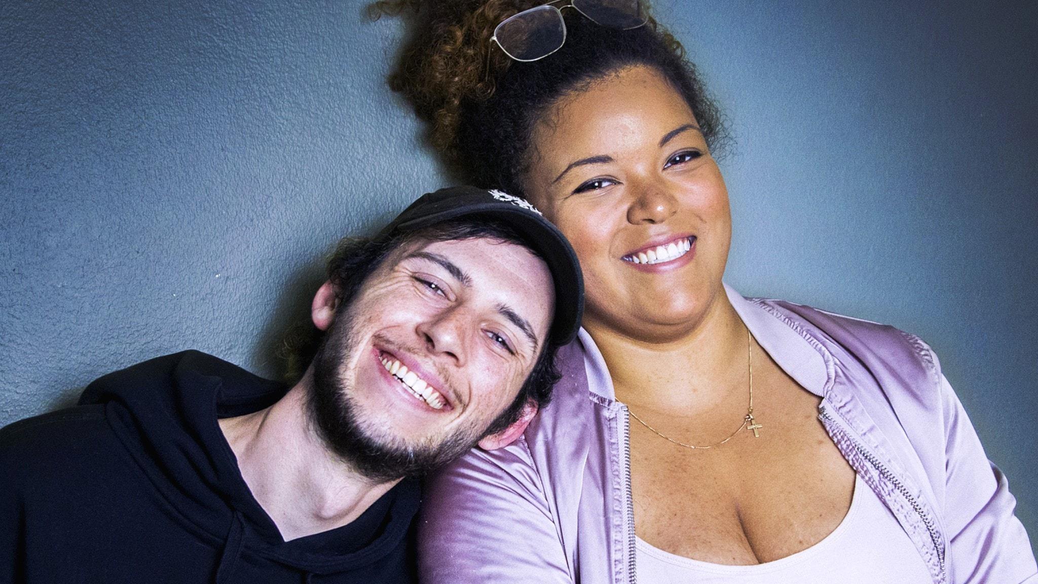 Jacob och Amanda pratar om kroppskomplex och ideal i Ligga med P3.