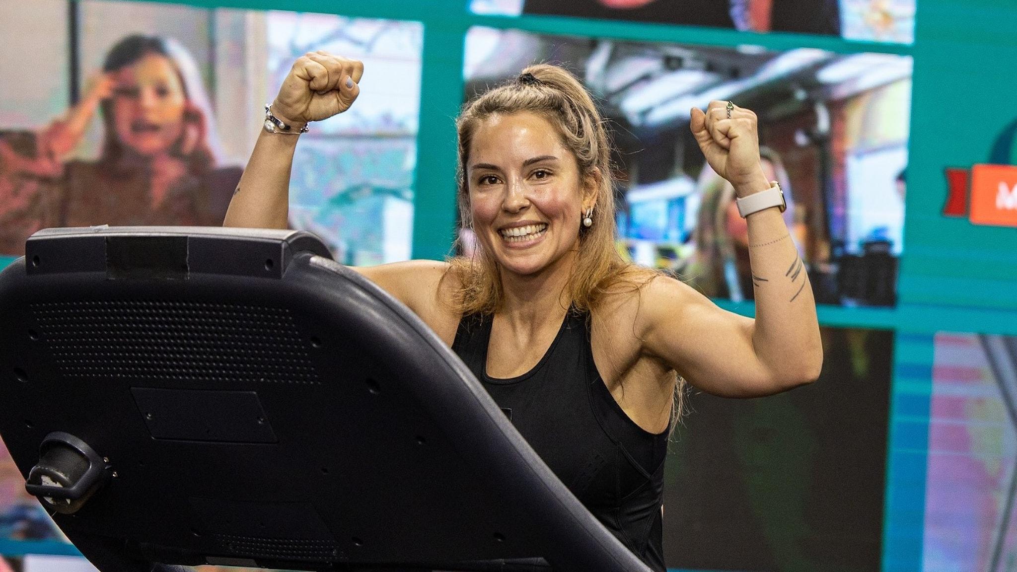 Alexandra Pizzoni bestiger Mount Everest på löpband i Musikhjälpen