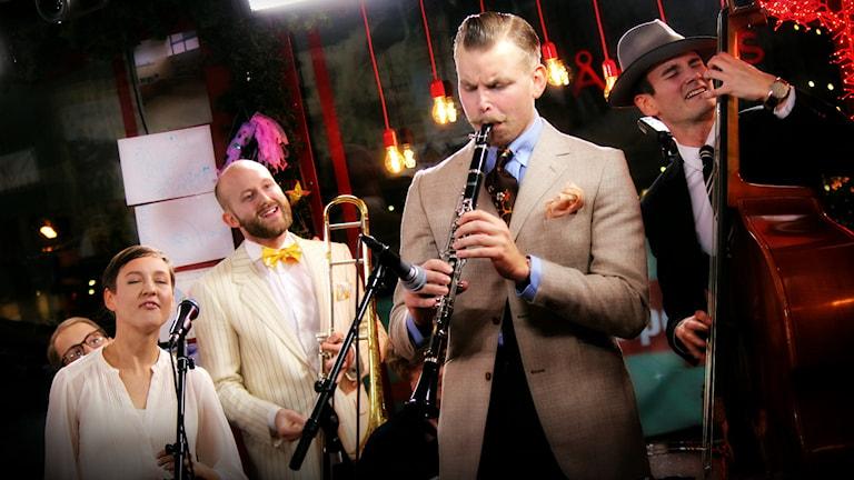 Uppsalabandet The Rhythm Baby Makers öste på! Foto: Stephanie Londéz