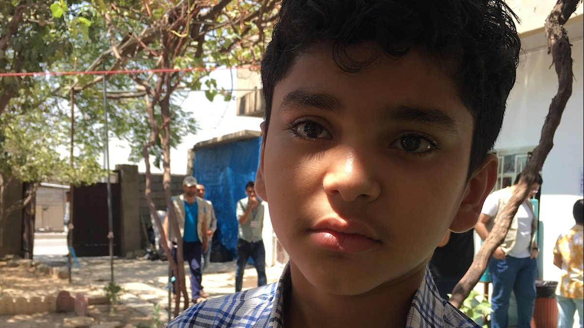 Walid är 11 år och hans skola blev en militärbas.
