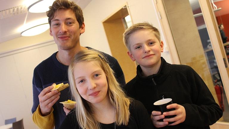 Kim, Minna och Albin. Foto: Niclas Albertsson/Sveriges Radio