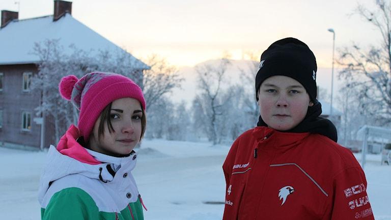 Tindra Sandberg och Albin Enbacke i Kiruna. Foto: Anna Tigerström/Sveriges Radio