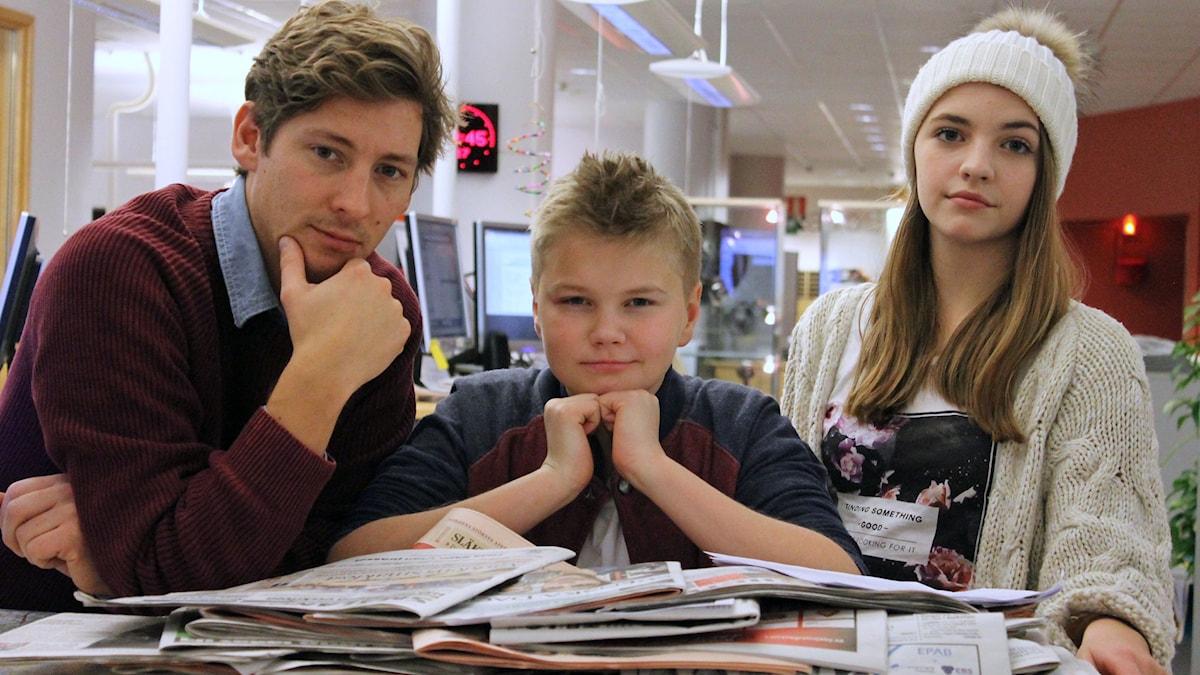 Kim Ohlsson, Noah Edholm Svanberg och Alexandra Darlington i Junior i P4. Foto: Anna Tigerström/Sveriges Radio