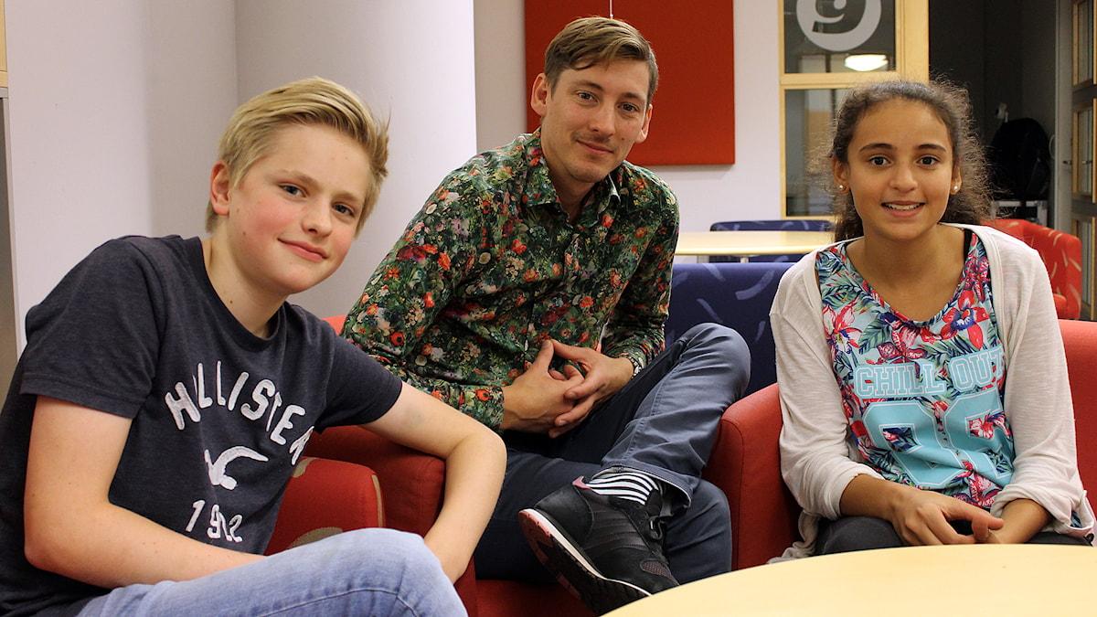 Albin, Kim och Mariem från Junior i P4. Foto: Niclas Albertsson/Sveriges Radio