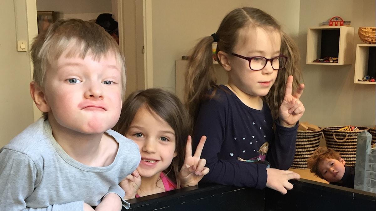 Felix, Aili, Emilia ja Henry.