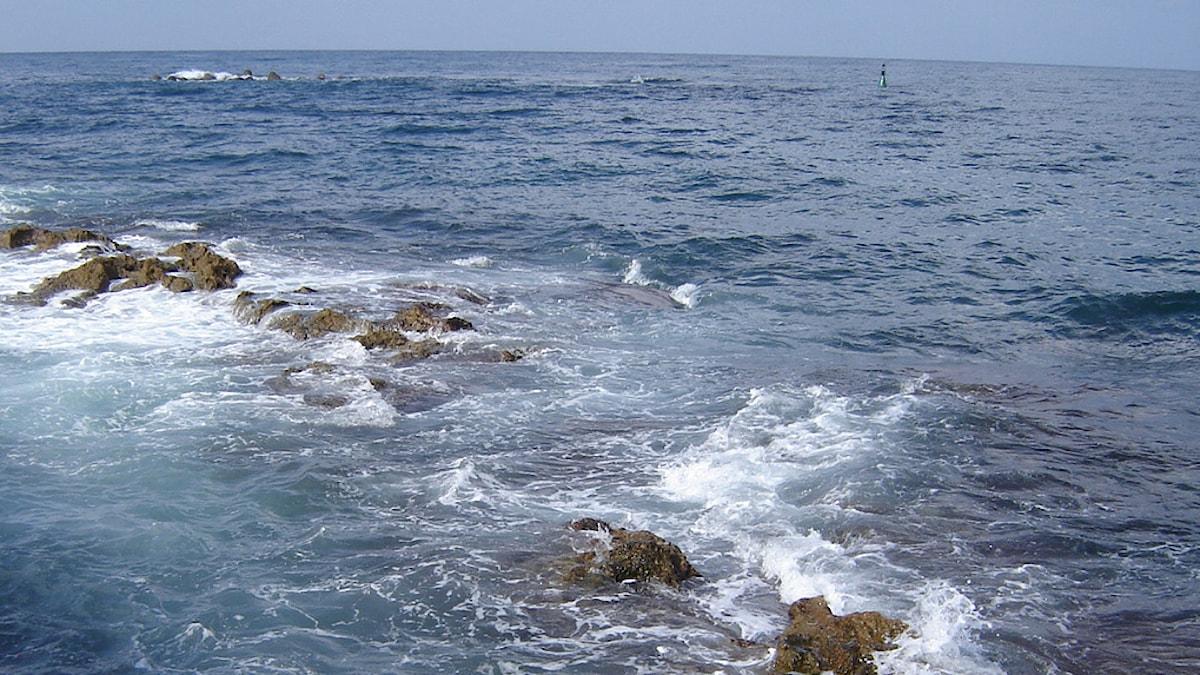 Meri kuohuaa