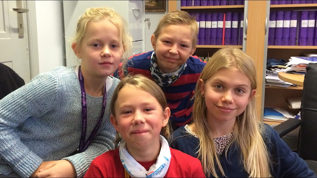 Kuvassa näkyvät Noora, Leo, Hilda ja Lara.