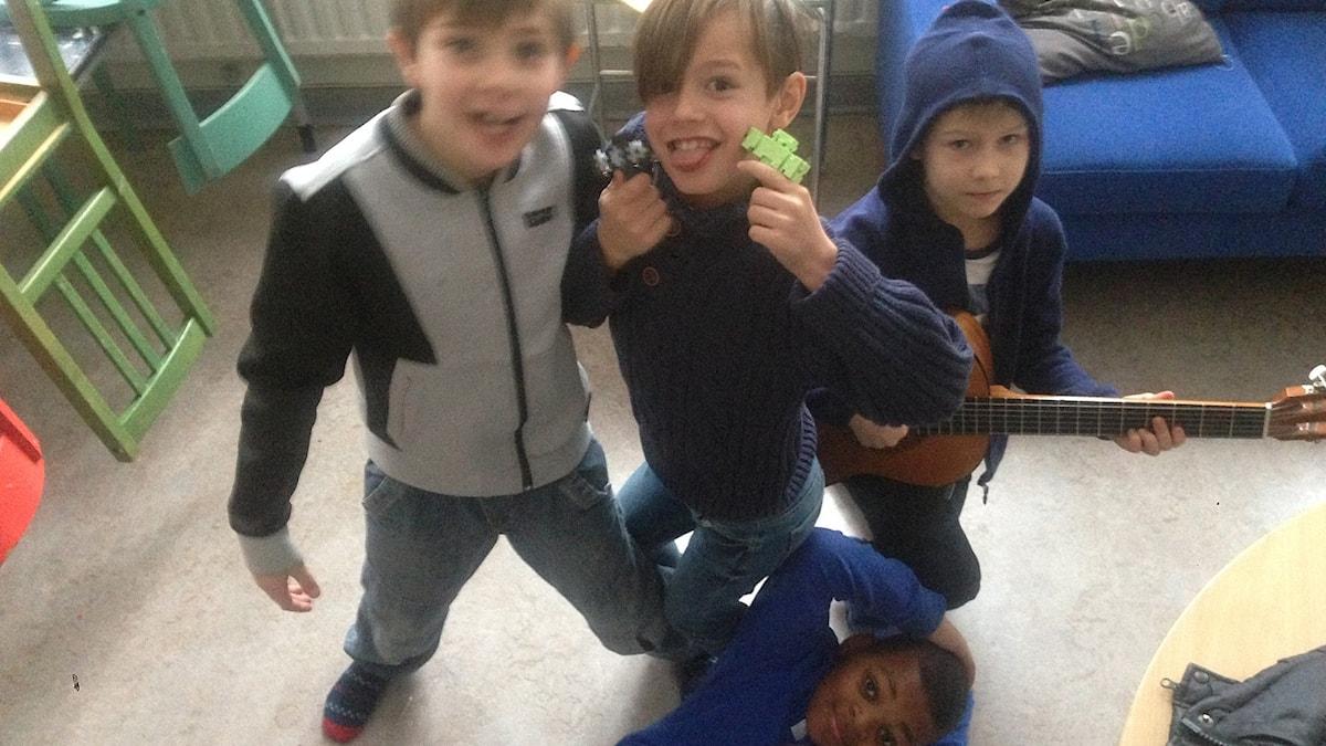 Terence, Owen, Nicholas ja Ossian