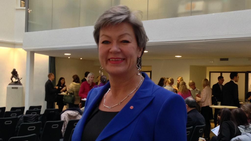 Ylva Johansson, arbetsmarknadsminister, vill att nyanlända är i jobb inom två år. Foto: Isabelle Swahn/Sveriges Radio.