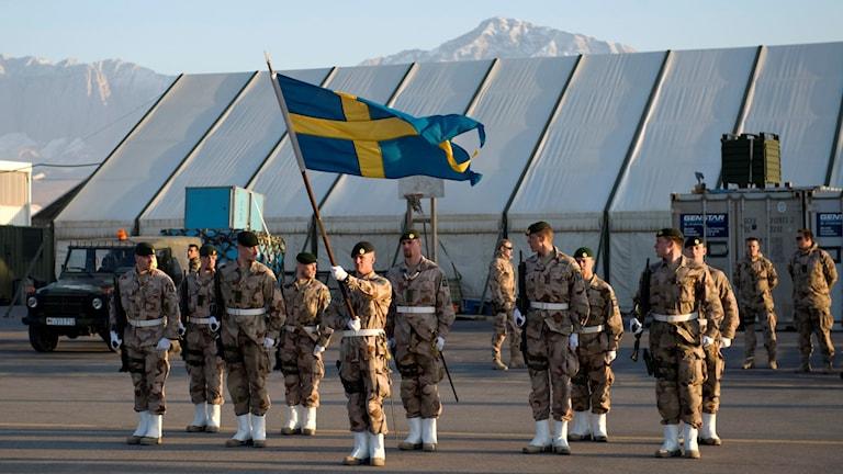 Skadron från svenska ISAF-styrkan på Camp Marmal airport i norra Afghanistan. Foto: Henrik Montgomery/TT