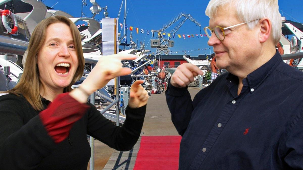 """Thomas Nordegren & Louise Epstein på """"Bratsbryggan"""" i Visby hamn. Röda mattan utrullad till partybåtarna. OBS! Bilden är ett montage!"""
