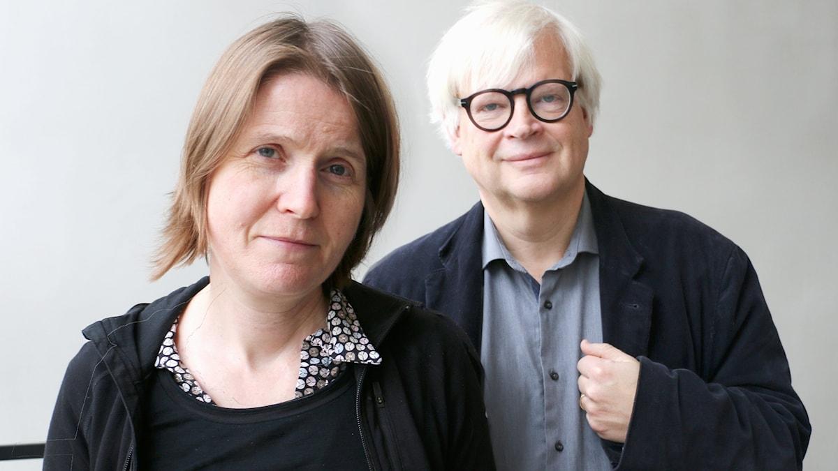 Dagens programledare: Louise Epstein och dagens bisittare: Thomas Nordegren.